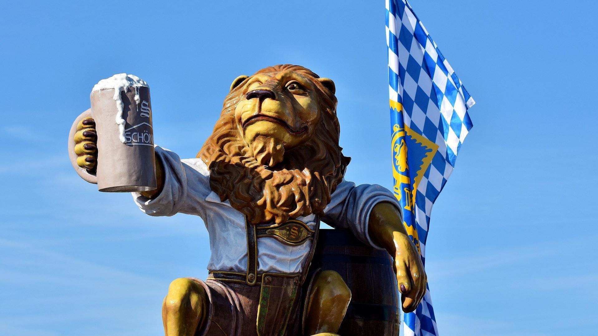 Oktoberfest Lion