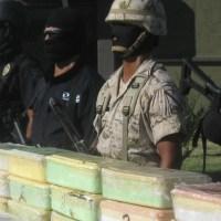 En Baja California detenidos, armas y droga decomisada