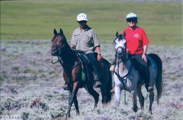 Bob Bischoff on Kenlynn Destiny and Carol Bischoff on Navigator Fort Meade Remount Pioneer, SD 2011