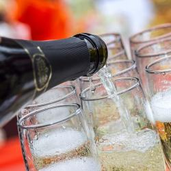 9 Top Sparkling Wines From California's Central Coast