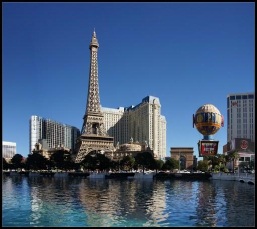 L'hôtel Paris Las Vegas sur la Strip de Las Vegas dans le Nevada aux Etats-Unis.