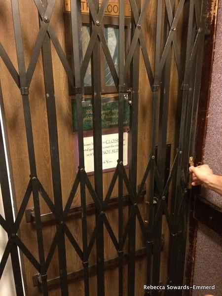 Cary House Hotel elevator