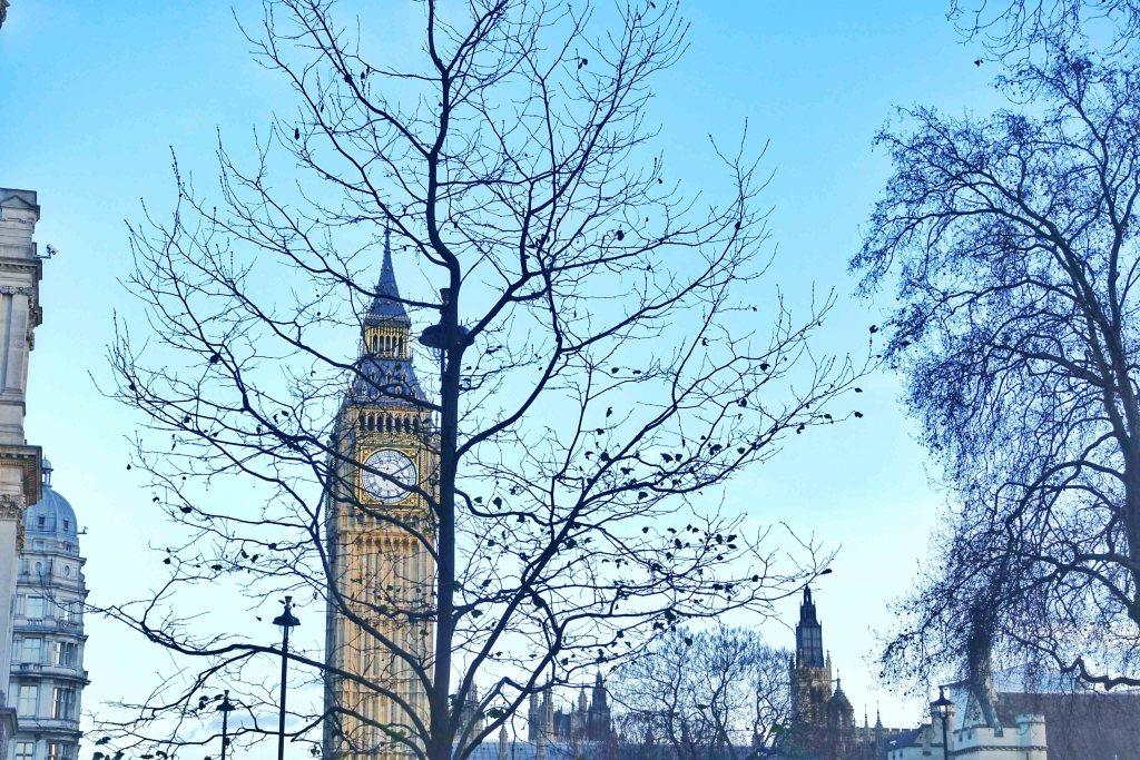 big-ben-london-winter-christmas