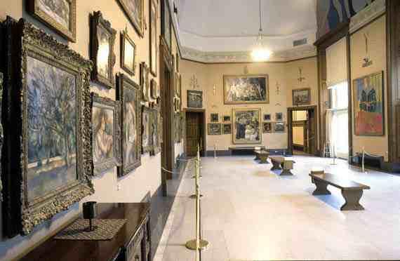 Viewing gallery - Barnes Foundation