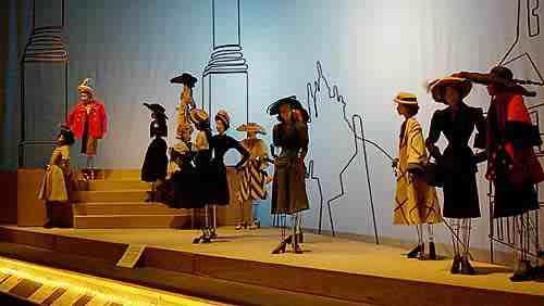 Théâtre de la Mode: Maryhill Museum of Art