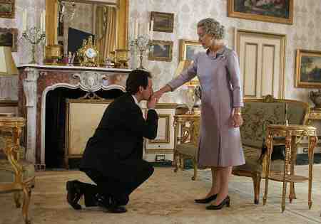 Helen Mirren as The Queen and Michael Sheen as Tony Blair