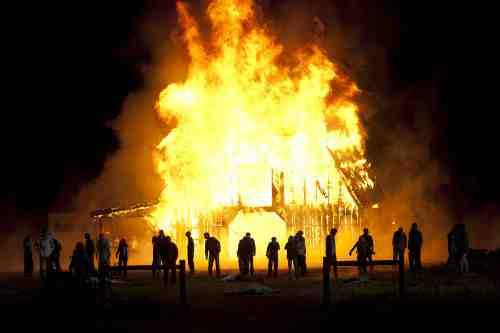 Walking Dead S02E13 Towering inferno