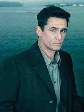 Mayoral Candidate Darren Richmond (Billy Campbell) in The Killing