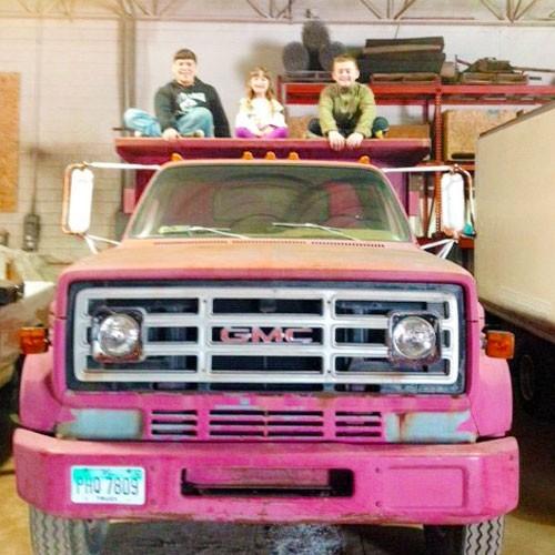 Classic (Pre-1980) Truck & Equipment Repair & Maintenance Services
