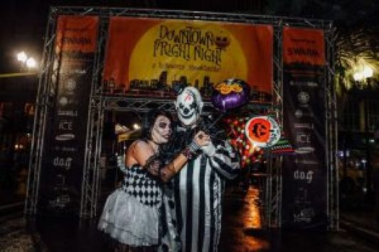 frightnight16 76 preview 300x200 - TRICKS AND TREATS AND LOTS TO EAT AT DOWNTOWN FRIGHT NIGHT