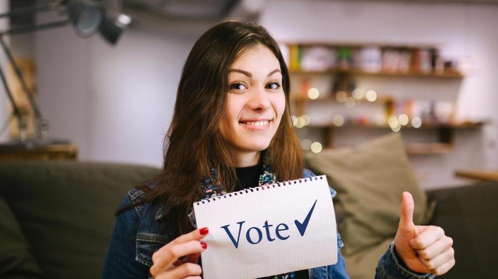 vote - PROTEJA SU VOTO por Katherine Fernandez Rundle, Fiscal Estatal