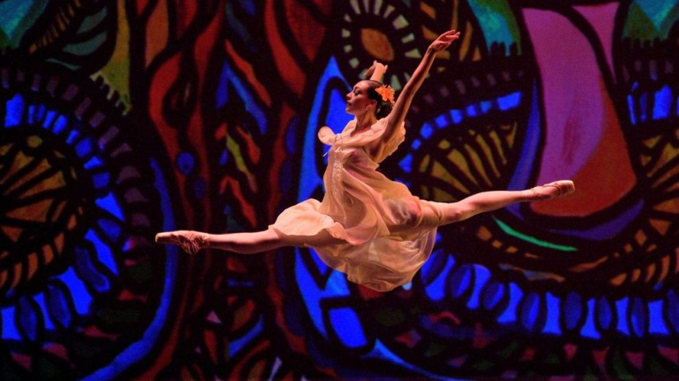 Cuban Classical Ballet of Miami - DANZA POR LA PAZ HACE DEBUT