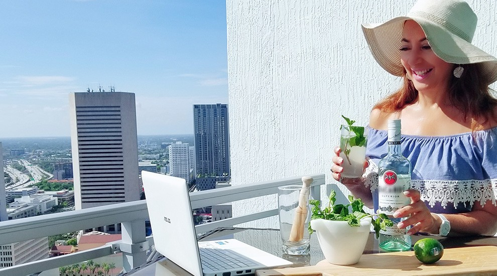 Christine Mojito Balcony - Christine Michaels shares her experience going virtual