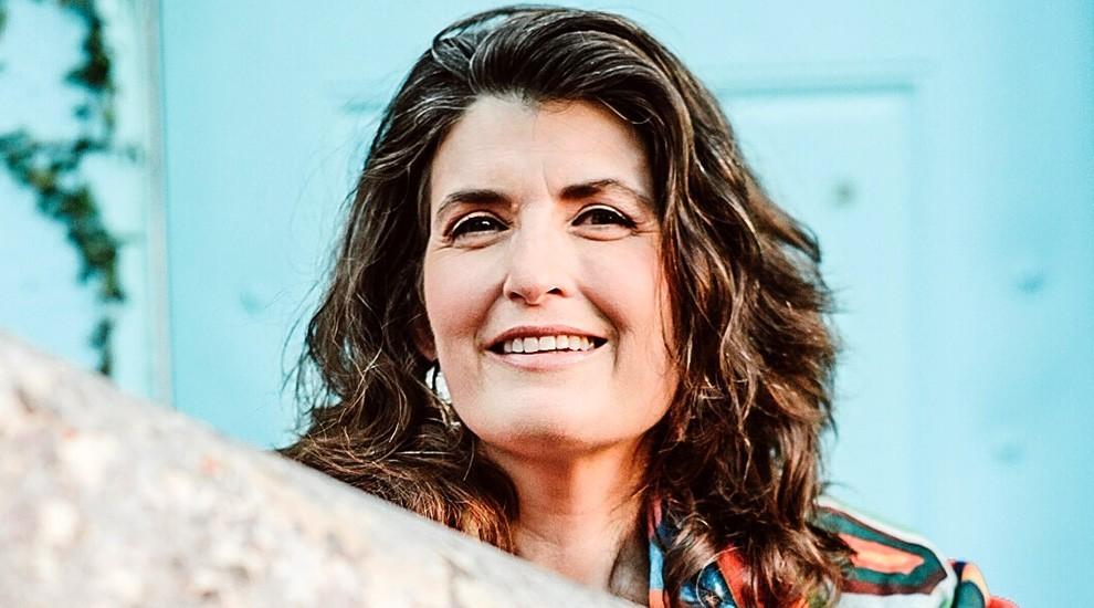 Dr. Corinna J. Moebius
