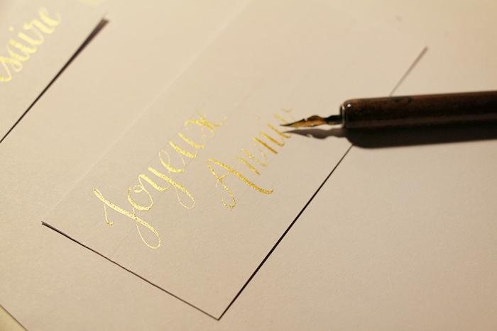 Calligraphique - Carte pliée fleurie - calligraphie