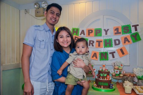 Santi with Mommy and Dada