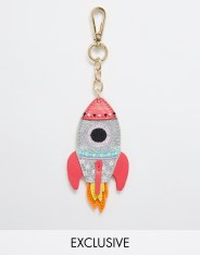 Breloque fusée, SkinnyDip, 11,49 euros