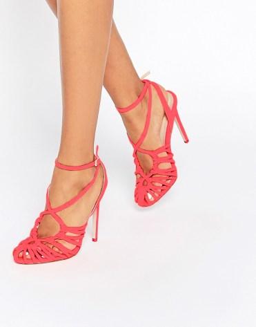 Chaussures à talons ajourées Perry, Asos, 64 euros