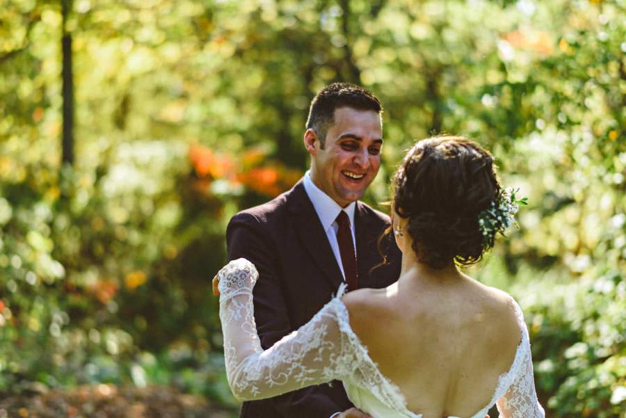 first look at niagara backyard wedding