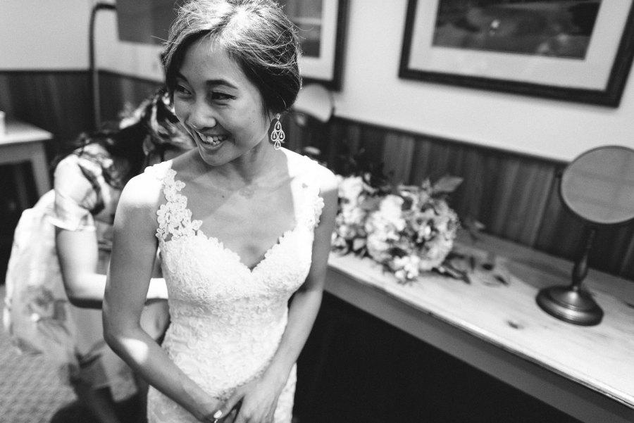 bridal prep for Pheasent Run Golf Course Wedding