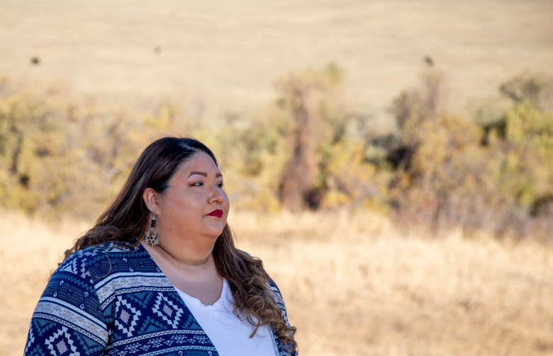 Victoria Chubb, estudiante del CINC, fotografiada en la reserva india de Morongo el 30 de diciembre de 2020. Foto de Joyce Nugent para CalMatters Red de Periodismo Universitario