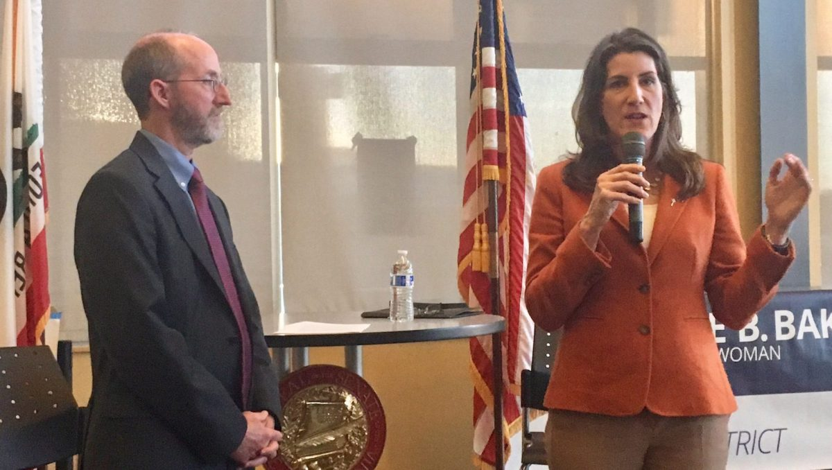 Right-leaning Democratic Sen. Steve Glazer and left-leaning Republican Assemblywoman Catharine Baker at a town hall this month in the East Bay.