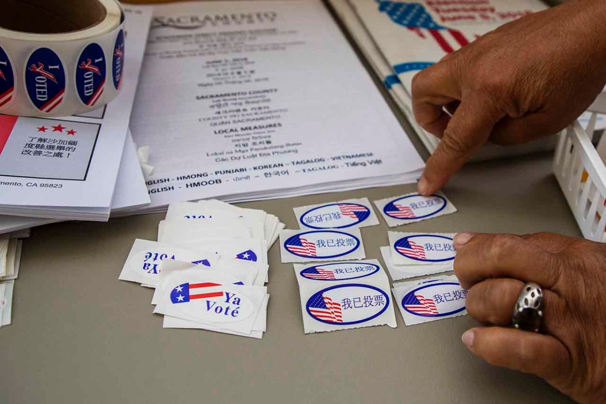 Voting stickers. Photo by Robbie Short for CALmatters