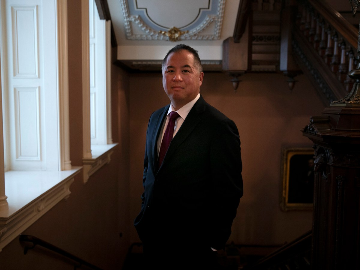Assemblymember Phil Ting in the California State Capitol on January 22, 2020. Photo by Anne Wernikoff for CalMatters