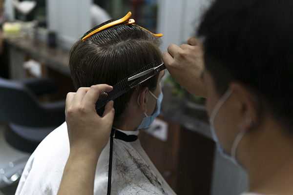 Gov. Gavin Newsom announced that hair salons, barbershops and nail salons will be permitted to operate outdoors. Image via iStock