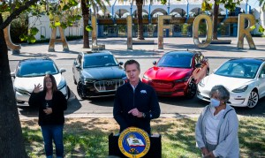 Newsom orders ban of new gas-powered cars by 2035