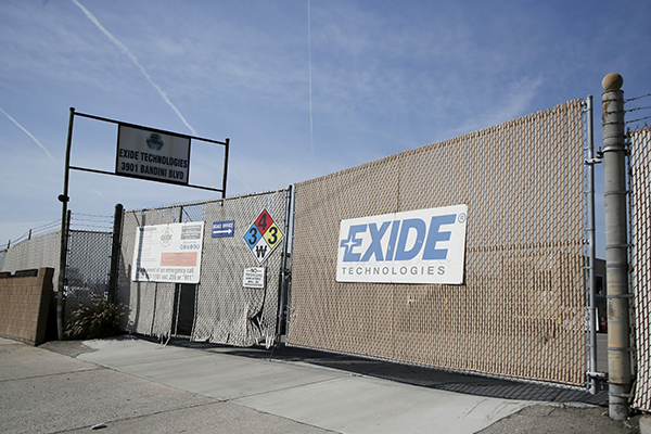 The closed Exide factory, a former battery recycling facility in Vernon that has contaminated the surrounding area with lead in its soil, on April 5, 2017. Photo by Danny Moloshok, REUTERS via Alamy