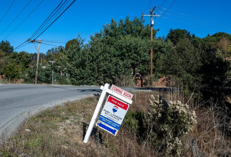 A for sale sign is placed at the corner of San Miguel Canyon Road and Echo Valley Road in Prunedale., on Friday, Nov. 27, 2020. Photo by David Rodriguez, The Salinas Californian