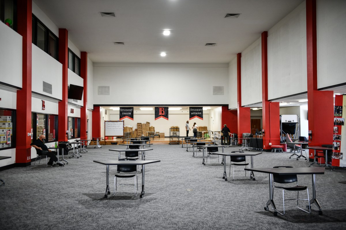 Tables are seperated for social distancing measures inside the student affair's building at Long Beach City College, Liberal Arts Campus, on June 8, 2021. Photo by Pablo Unzueta