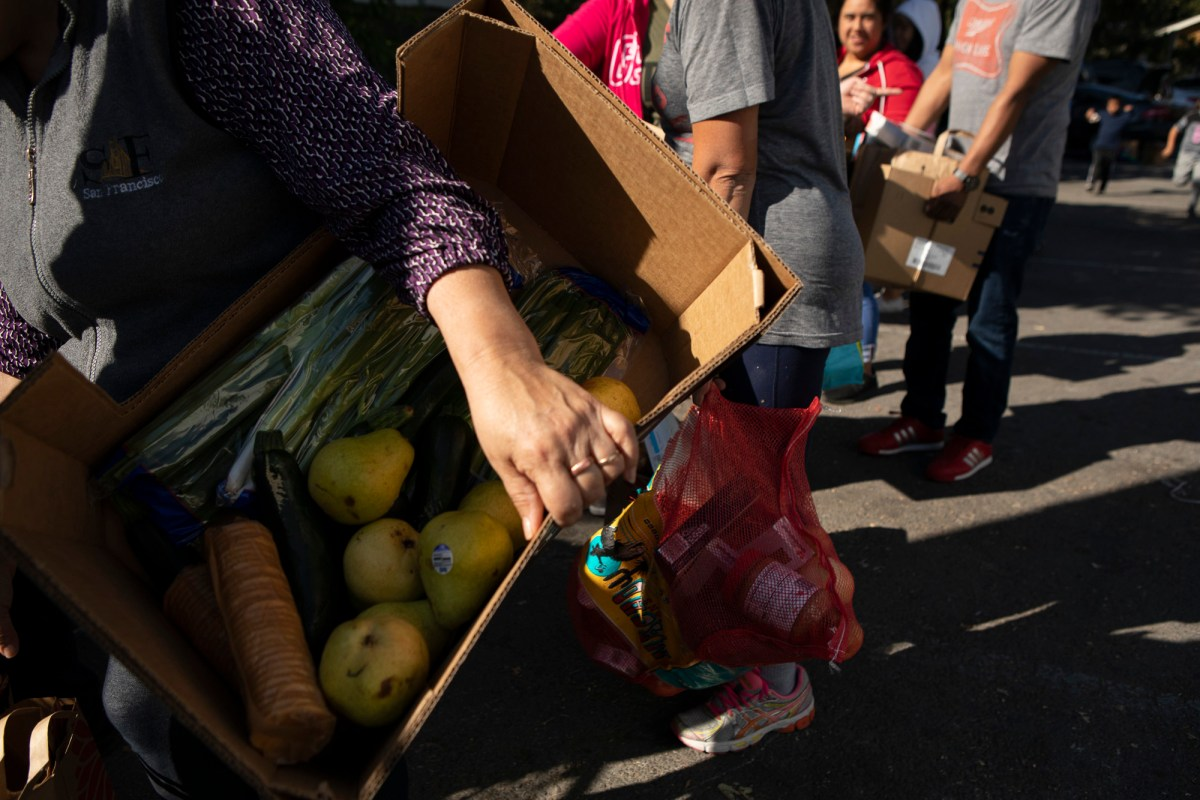 If passed, the Legislature's plan would allocate $550 million to offer food assistance to all Californians, regardless of immigration status as part of Newsom's spending plan. Photo by Anne Wernikoff, CalMatters
