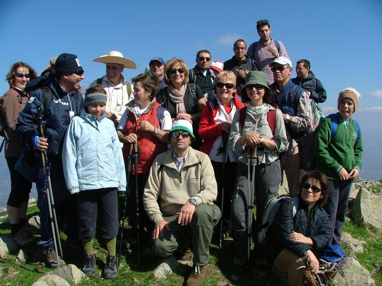 I soci dei Cai di Cefalu' Longi e Polizzi in cima a Pizzo Catarineci