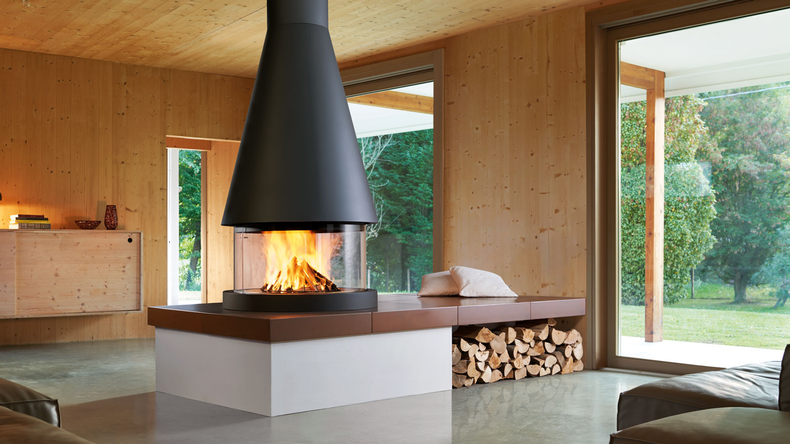 Buying a closed combustion fireplace