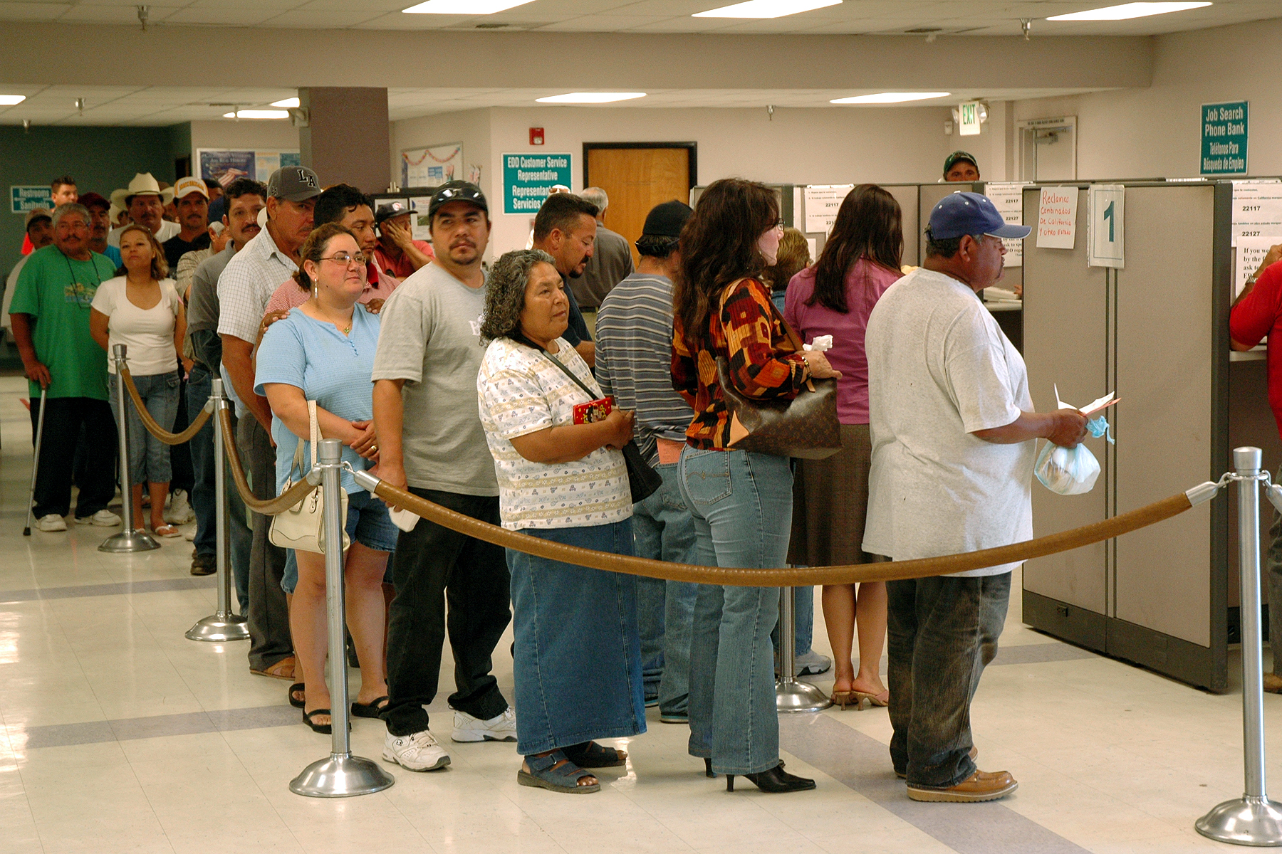 FEMA_-_29783_-_Workers_unemployed_by_the_freeze_in_California.jpg