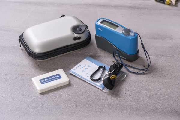 KSJ MG6-SS Stone Gloss Meter with included accessories