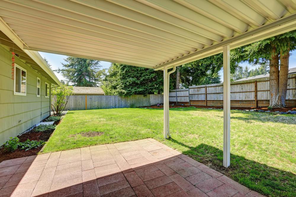 aluminum patio covers vs wood patio covers