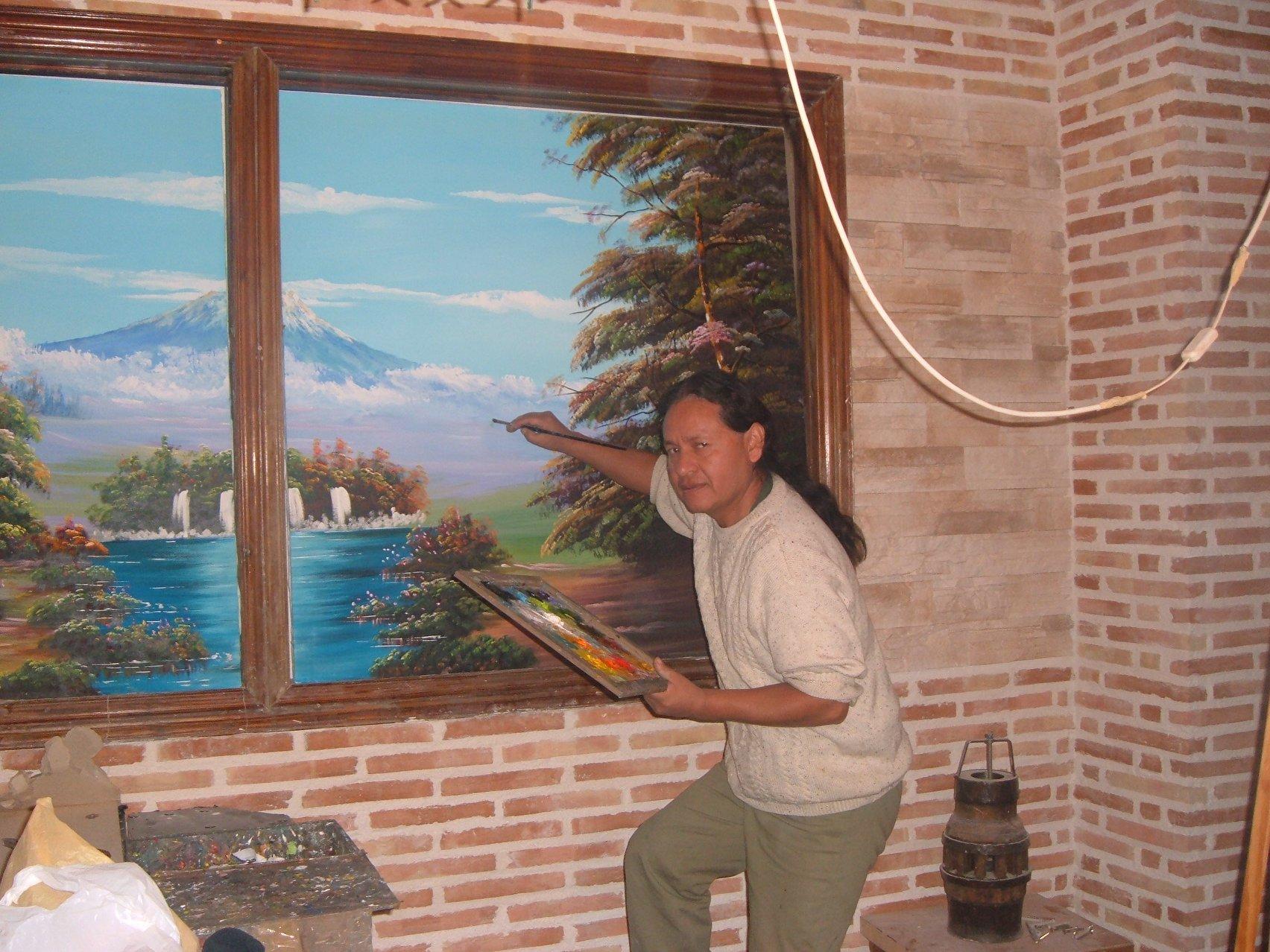 Edgar pintando un mural