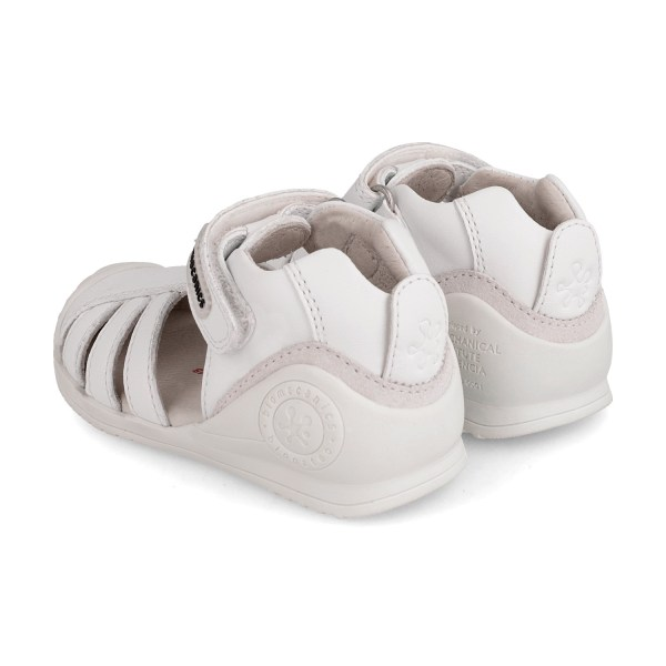 Sandalia piel bebé Harper Biomecanics talón