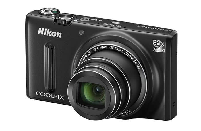 Nikon-COOLPIX-9600