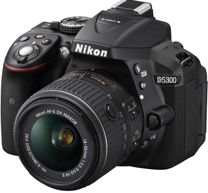 NIKON D5300 - 620 euros
