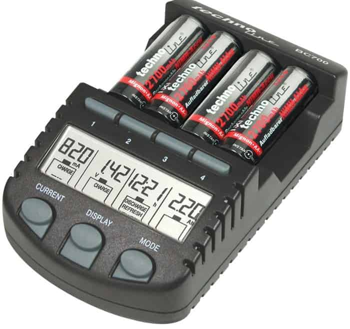 cargador de pilas AA – AAA: Technoline BC 700