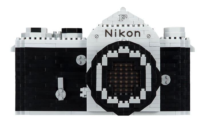 Ya puedes construir tú mismo la Nikon F con Nanoblocks