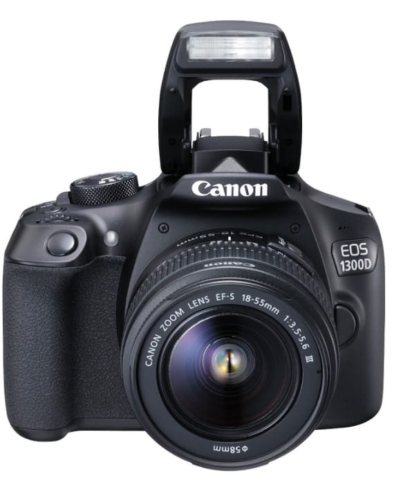 Canon EOS 1300D + objetivo EF-S 18-55 DC III por unos 350 euros en oferta