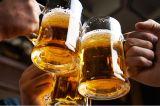 ¿Tomar cerveza es más saludable que beber leche?