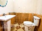 Russian-Market-3-bedroom-villa-for-rent-in-Phsar-Doeumkor-bathroom-2-PP0002