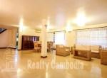 Russian-Market-3-bedroom-villa-for-rent-in-Phsar-Doeumkor-open-space-1-PP0002