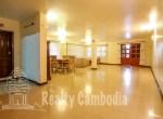 Russian-Market-3-bedroom-villa-for-rent-in-Phsar-Doeumkor-open-space-2-PP0002